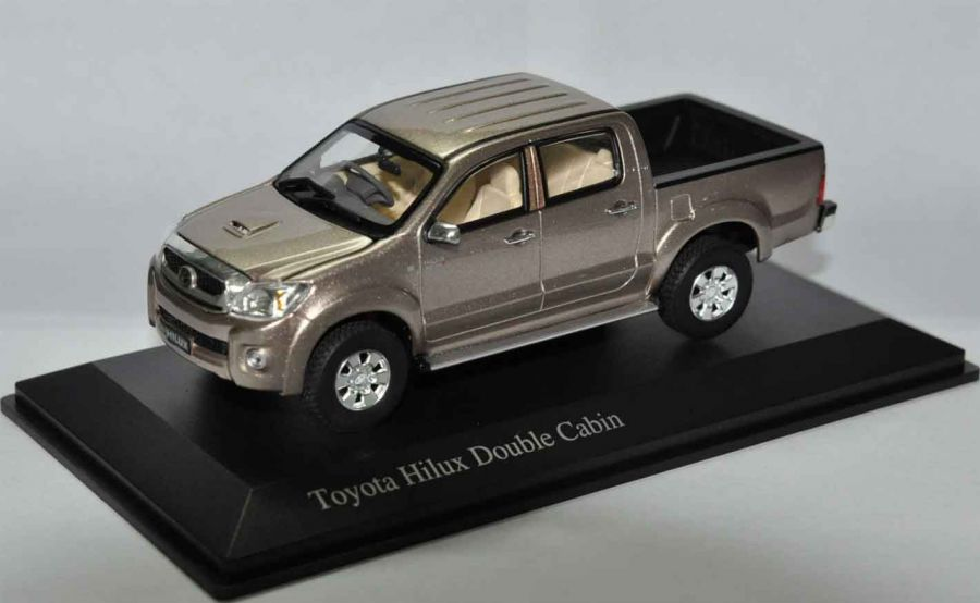 Models Toyota Hilux D Cab Extremely Rare Die Cast Model Sc 1 43 B